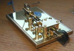 "The TW Olympic is a two-lever ""bug"" that uses magnetic tension and has a speed range of 14 - 28 wpm."